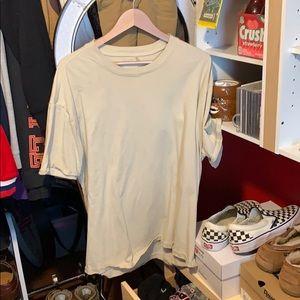 Fear of God Tee shirt Medium, Cream/tan